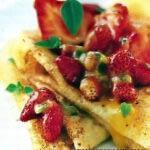 Crêpes à la vanille et fraises au jus de passion